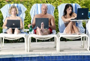 Social-Media-during-holiday